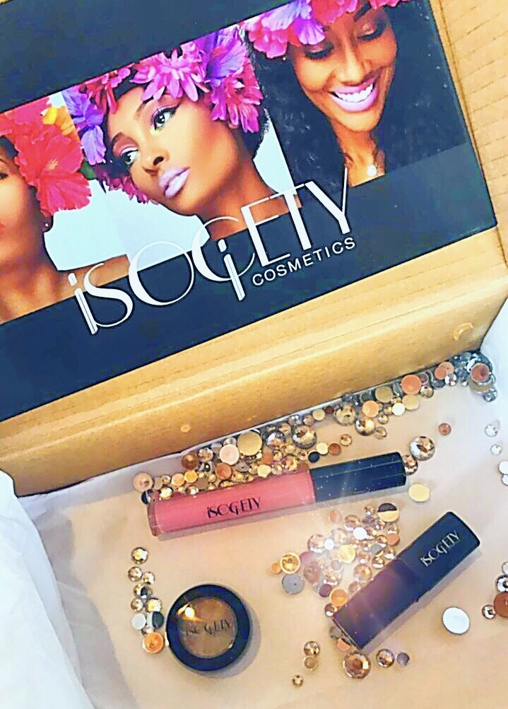 iSOCiETYCOSMETiCS